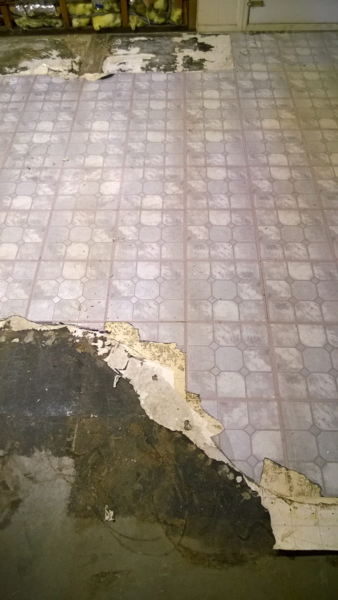 Asbestos floor tile identification