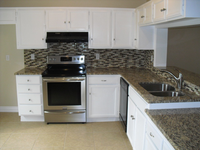 White Cabinets What Color Granite Countertop And