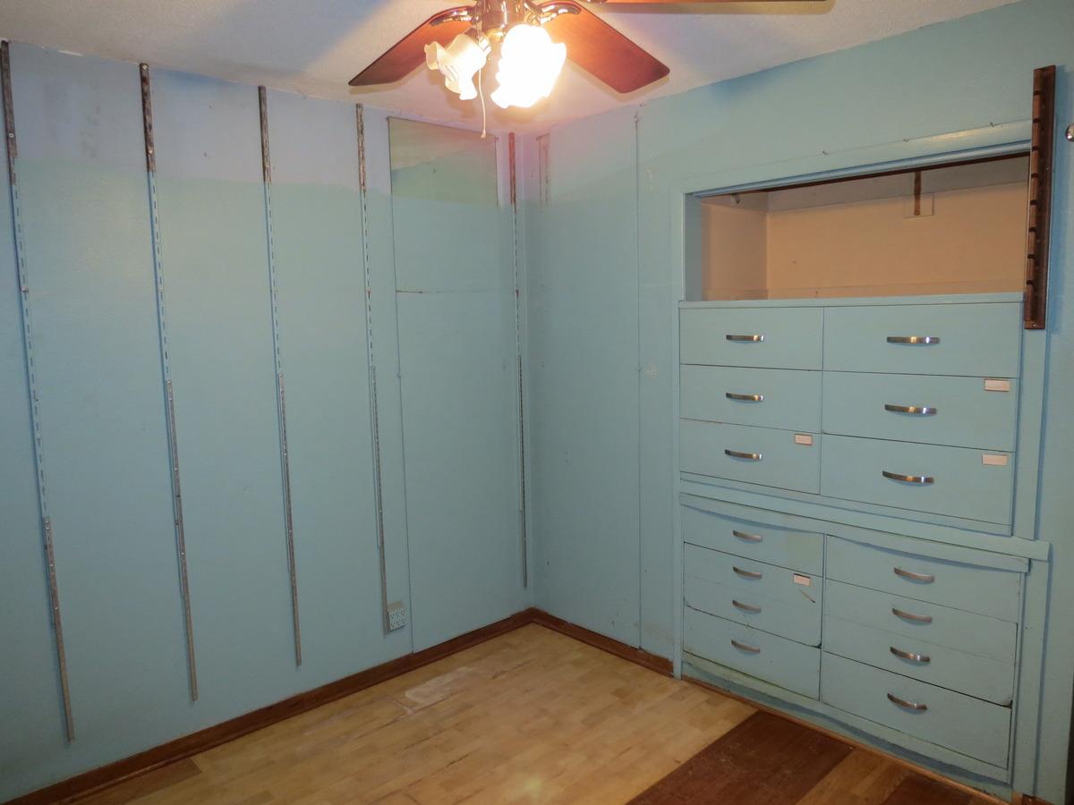 Cabinets for a Flip - Cedar Rapids